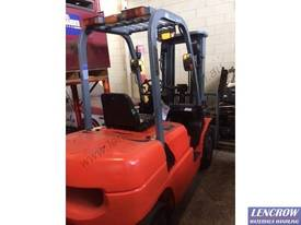 Used 2.5T EP Forklift - picture10' - Click to enlarge