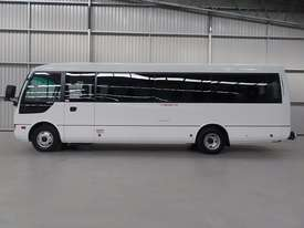 Fuso Rosa Coach Bus - picture1' - Click to enlarge