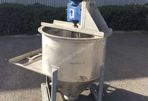 STAINLESS ASSOCIATES Mixing Tank