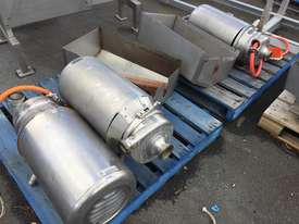 Various APV Puma Pumps suitable for Dairy, Brewery, Pharmaceutical and Food Industries - picture0' - Click to enlarge