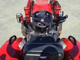 Branson F42R FWA/4WD Tractor - picture7' - Click to enlarge