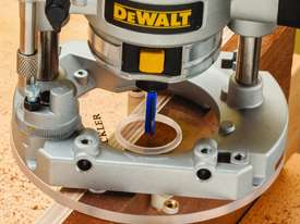 Rockler Compact Router Mortise Centring Base - picture2' - Click to enlarge