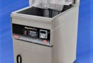 Goldstein Electric Deep Split Pot Fryer - FRET-18DL / 800 Deep Series