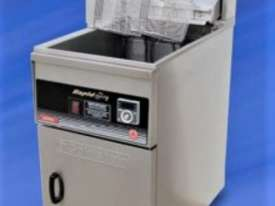 Goldstein Electric Deep Split Pot Fryer - FRET-18DL / 800 Deep Series - picture1' - Click to enlarge