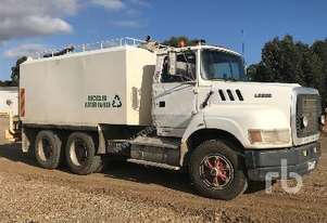 Ford   L9000 Water Truck