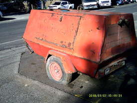 175cfm , isuzu powered , trailer mounted , 6900hr - picture0' - Click to enlarge