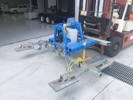 Vacuum Lifter With 90 Degree Power Tilt - picture1' - Click to enlarge