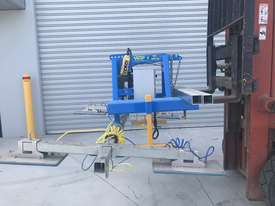 Vacuum Lifter With 90 Degree Power Tilt - picture3' - Click to enlarge