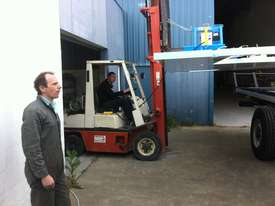 Vacuum Lifter With 90 Degree Power Tilt - picture10' - Click to enlarge