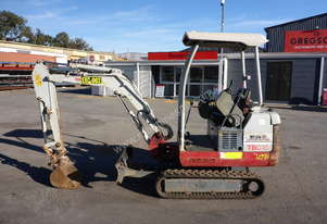 2012 Takeuchi TB016 Mini 1.6T Excavator with Push Blade - In Auction