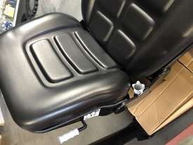 IHI Mini Excavator Seat - picture2' - Click to enlarge