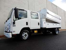 Isuzu NPR300 Road Maint Truck - picture0' - Click to enlarge