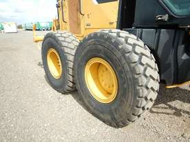 2013 Used CAT 140M Motor Grader - picture10' - Click to enlarge