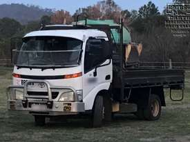 Toyota Dyna Dropside Tray 2001 , Call EMUS.. - picture1' - Click to enlarge