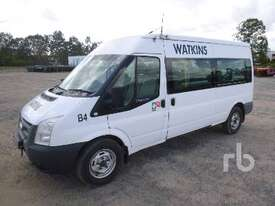FORD TRANSIT Bus - picture1' - Click to enlarge
