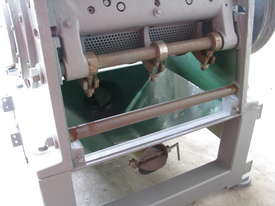 Industrial Heavy Duty Plastic Copper Wire Granulator with Blower 22kW - picture3' - Click to enlarge