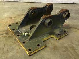 HEAD BRACKET TO SUIT 2-3T EXCAVATOR D977 - picture2' - Click to enlarge