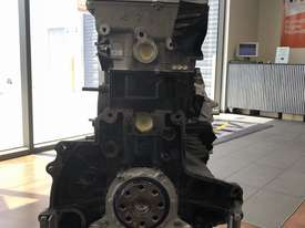 Mazda WLAT 2.5L 2 Cylinder 16V DOHC Fully Reconditioned Long Motor - picture2' - Click to enlarge