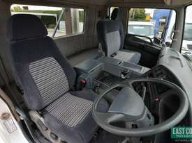 2006 MITSUBISHI FUSO FS Cab Chassis   - picture12' - Click to enlarge