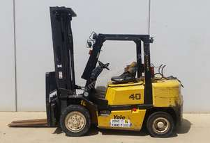 Yale 4T Counterbalance Forklift