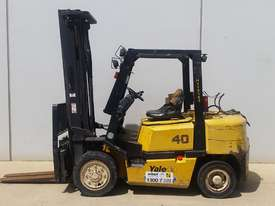 4.0T LPG Counterbalance Forklift - picture0' - Click to enlarge