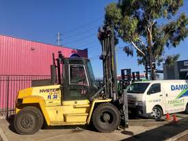12 Tonne Forklift - picture0' - Click to enlarge