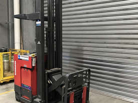 Raymond R35 Reach Forklift Forklift - picture0' - Click to enlarge