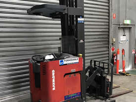 Raymond R35 Reach Forklift Forklift - picture1' - Click to enlarge