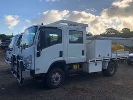 Isuzu NPS300 Service Truck 4x4 Crew Cab - picture0' - Click to enlarge