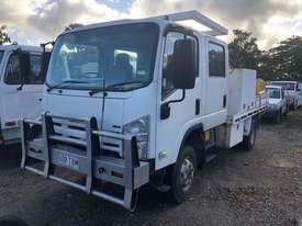 Isuzu NPS300 Service Truck 4x4 Crew Cab - picture1' - Click to enlarge