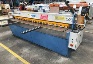 Used Steelmaster Electroshear Guillotine 2500mm x 3.2mm Capacity