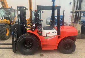 New 3.5ton All Terrain Forklift