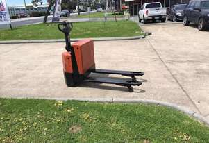 Used /second hand Toyota 2 Ton Electric Pallet Truck