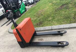 Used /second hand BT  1.8 Ton Electric Pallet Truck