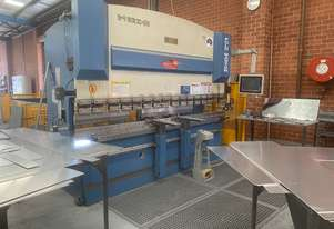 Steelmaster 3200mm x 110Ton CNC Pressbrake with Touch Screen Graphical Controller