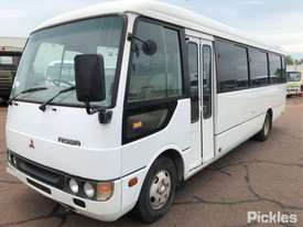 2004 Mitsubishi ROSA BUS - picture2' - Click to enlarge