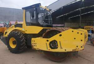 USED BOMAG BW216PDH-5 17T PADFOOT ROLLER WITH LOW 1846HRS