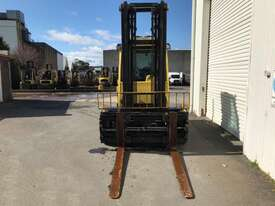 7.0T Diesel Counterbalance Forklift - picture1' - Click to enlarge