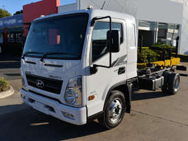 2021 HYUNDAI MIGHTY EX6 MWB - Cab Chassis Trucks - picture0' - Click to enlarge