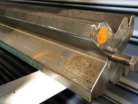 PRESS BRAKE TOOLING 120MM X 4100 MULTI VEE DIES - picture3' - Click to enlarge