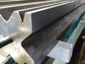 PRESS BRAKE TOOLING 120MM X 4100 MULTI VEE DIES - picture1' - Click to enlarge