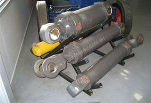 RECONDITIONED HYDRAULIC CYLINDERS AVAILABLE C,D,E