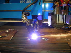 PCS Extra Heavy Duty - CNC Plasma Cutter - picture3' - Click to enlarge