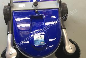 Fiorentini Manual Sweeper Flash 950