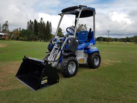 MULTIONE 2.3 Mini Loader with 4in1 Bucket