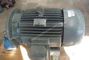 TECO 15HP 3 PHASE ELECTRIC MOTOR/ 970RPM