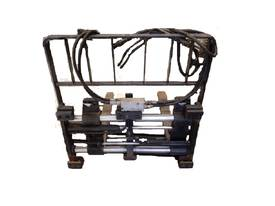 Side Shifting Fork Positioner With Load Guard  - picture2' - Click to enlarge