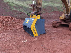 16-21T Excavator/Loader SCREENING-CRUSHING BUCKET - picture3' - Click to enlarge