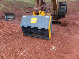 16-21T Excavator/Loader SCREENING-CRUSHING BUCKET - picture10' - Click to enlarge