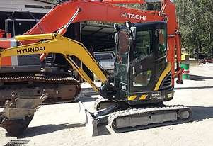 Excavator Hyundai Cab Air Quick Hitch 1 Owner from